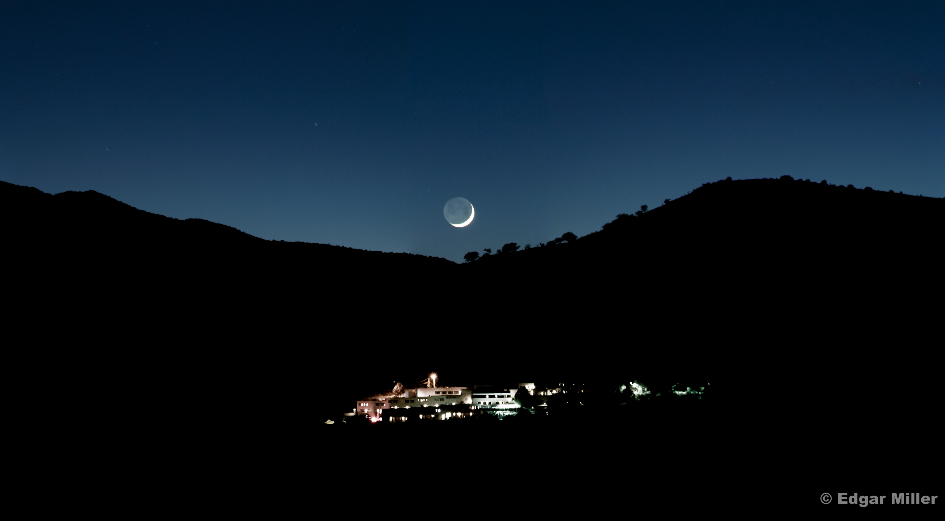 Moonset over Indian Lodge, Texas